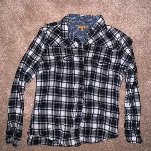 black/white/brown flannel